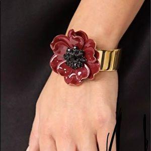NWT Kaye spade Big red poppy gold cuff